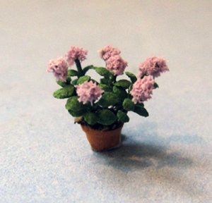 Hydrangea in a Terra Cotta Pot 1/144th scale