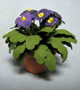 Pansy in a Terra Cotta Pot One-inch scale
